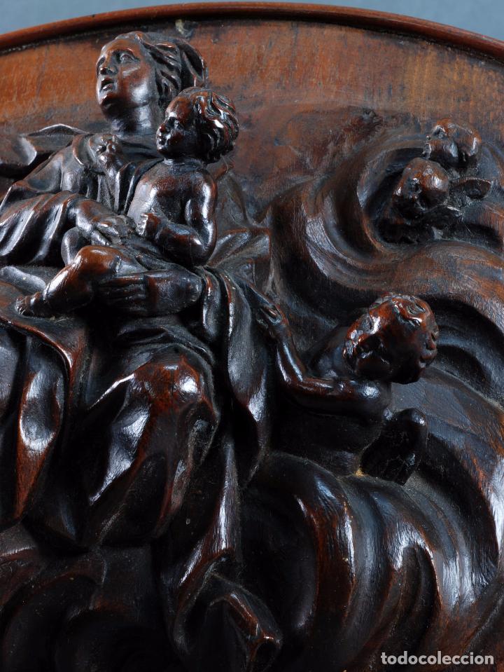 Arte: Alto relieve Virgen con niño y angeles madera tallada escuela italiana siglo XVII - Foto 4 - 101545243