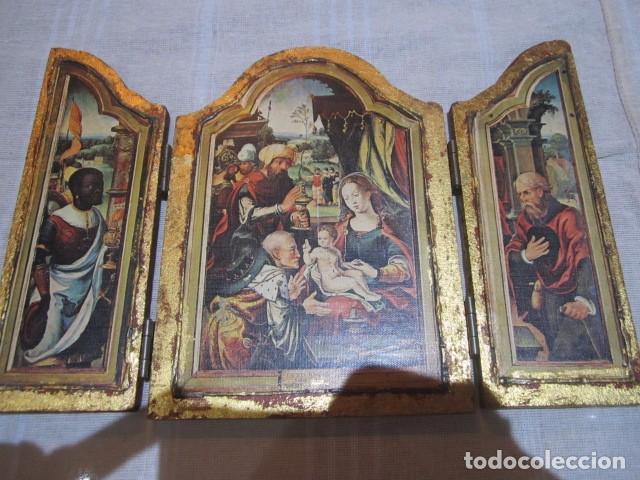 Arte: Viejo tríptico de madera con estampa de la Adoración de los Reyes Magos. Medida cerrado 14 x 19 cms, - Foto 3 - 101614767
