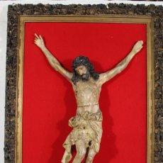 Arte: TALLA DE MADERA POLICROMADA. CRISTO EN LA CRUZ. S.XVIII-XIX.. Lote 102253655