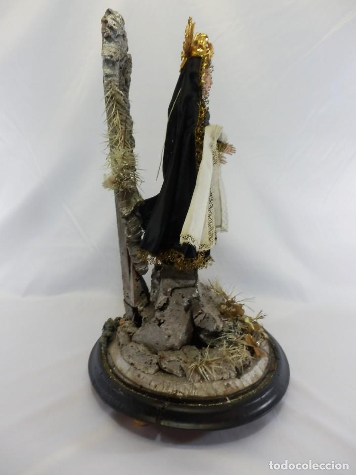 Arte: Excelente cap i pota, talla Virgen de los Dolores, Dolorosa, con fanal s XIX - Foto 5 - 103267343