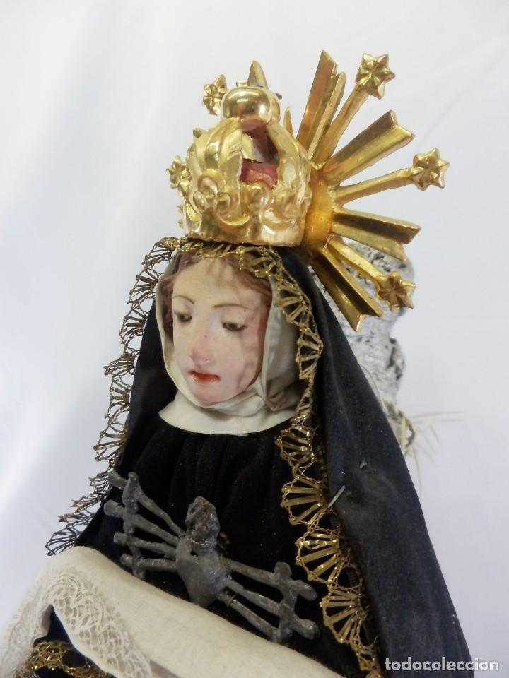 Arte: Excelente cap i pota, talla Virgen de los Dolores, Dolorosa, con fanal s XIX - Foto 9 - 103267343