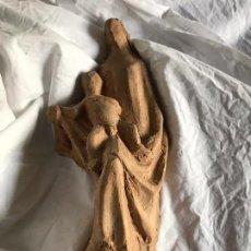 Arte: INTERESANTE VIRGEN CON NIIÑO EN TERRACOTA, ESCULTOR CONTEMPORANEO. Lote 104063983