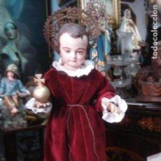 Arte: NIÑO JESÚS TALLA VESTIDERA CON CORONA Y ORBE SXIX.. Lote 104111139