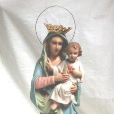 Virgen Inmaculada años 40 Olot, pasta madera policromada, ojos cristal. Med 39 cm