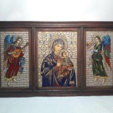 Arte: ANTIGUO TRIPTICO AZULEJOS CUERDA SECA, VIRGEN NIÑO JESUS Y ANGELES MUSICOS, MED. TOTAL 37,5 X 66 CM. Lote 104854895