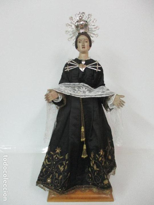VIRGEN DOLOROSA - CAP Y POTA - MADERA POLICROMADA - BORDADO HILO DE ORO - CORONA Y CORAZÓN DE PLATA (Arte - Arte Religioso - Escultura)