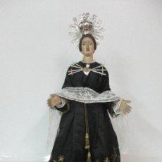 Arte: VIRGEN DOLOROSA - CAP Y POTA - MADERA POLICROMADA - BORDADO HILO DE ORO - CORONA Y CORAZÓN DE PLATA. Lote 104945167