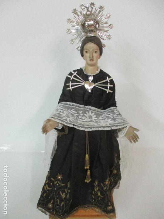Arte: Virgen Dolorosa - Cap y Pota - Madera Policromada - Bordado Hilo de Oro - Corona y Corazón de Plata - Foto 2 - 104945167