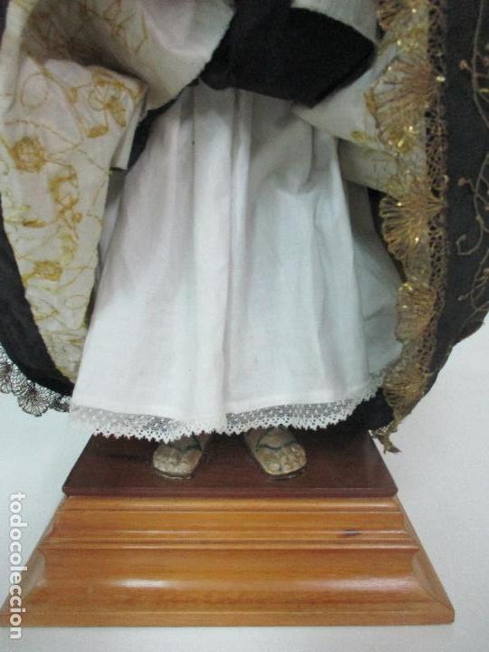 Arte: Virgen Dolorosa - Cap y Pota - Madera Policromada - Bordado Hilo de Oro - Corona y Corazón de Plata - Foto 13 - 104945167