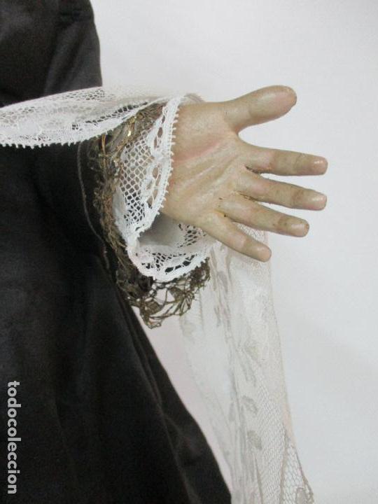 Arte: Virgen Dolorosa - Cap y Pota - Madera Policromada - Bordado Hilo de Oro - Corona y Corazón de Plata - Foto 21 - 104945167