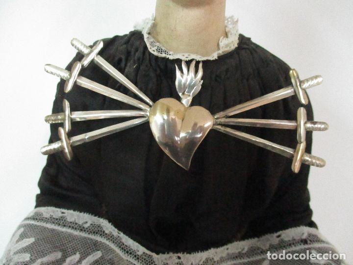 Arte: Virgen Dolorosa - Cap y Pota - Madera Policromada - Bordado Hilo de Oro - Corona y Corazón de Plata - Foto 23 - 104945167