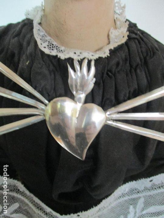 Arte: Virgen Dolorosa - Cap y Pota - Madera Policromada - Bordado Hilo de Oro - Corona y Corazón de Plata - Foto 24 - 104945167