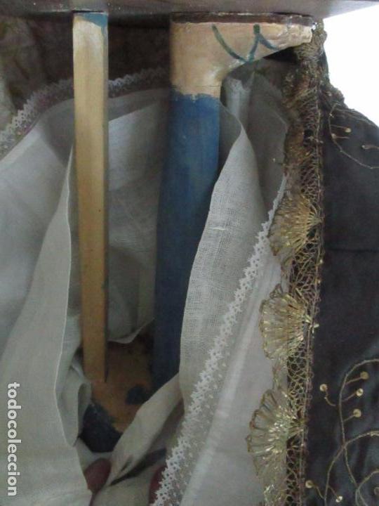 Arte: Virgen Dolorosa - Cap y Pota - Madera Policromada - Bordado Hilo de Oro - Corona y Corazón de Plata - Foto 35 - 104945167
