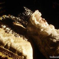 Arte: EXTRAORDINARIA DURMICION DE LA VIRGEN MARIA TRANSITO SXIX TALLA DE MADERA VESTIDERA AMORTAJADA.. Lote 105322743