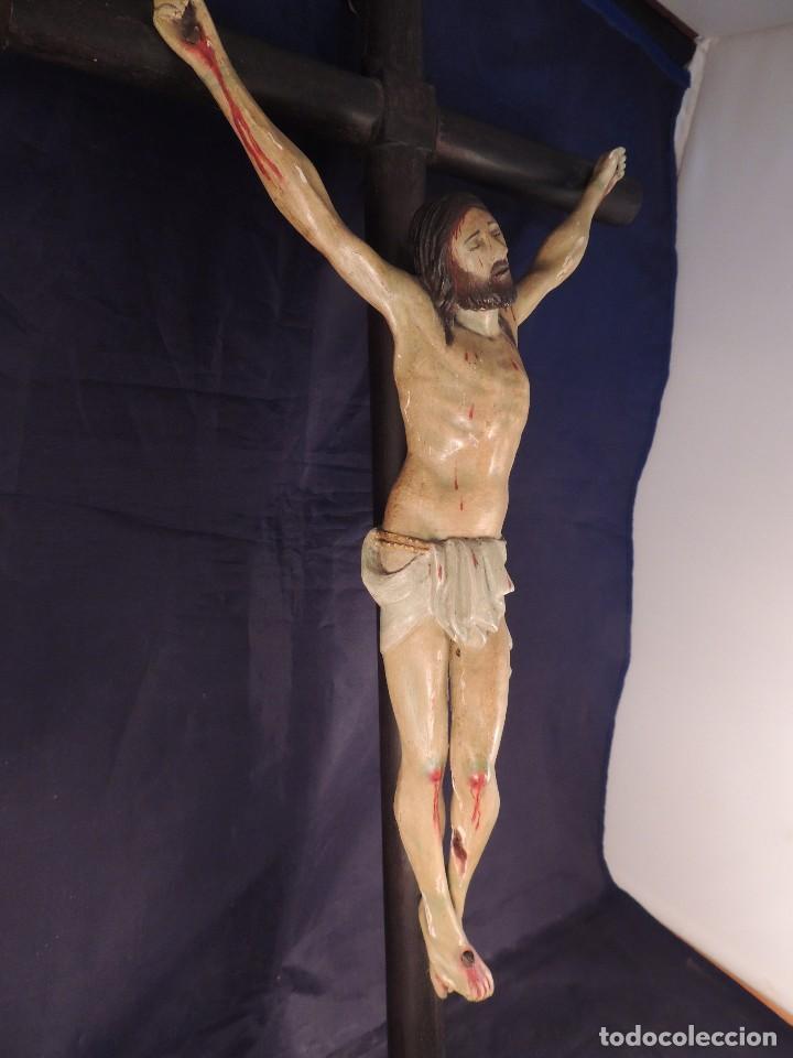 Arte: CRISTO EN LA CRUZ TALLA MADERA ESTUCADA Y POLICROMADA S. XIX - Foto 5 - 106021443