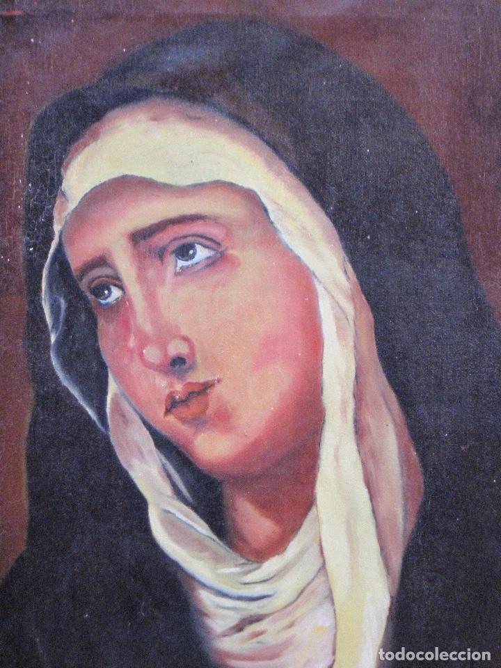 CUADRO DE NUESTRA SEÑORA DE LOS DOLORES, PINTADO AL OLEO SOBRE LIENZO. FIRMADA. (Arte - Arte Religioso - Pintura Religiosa - Oleo)