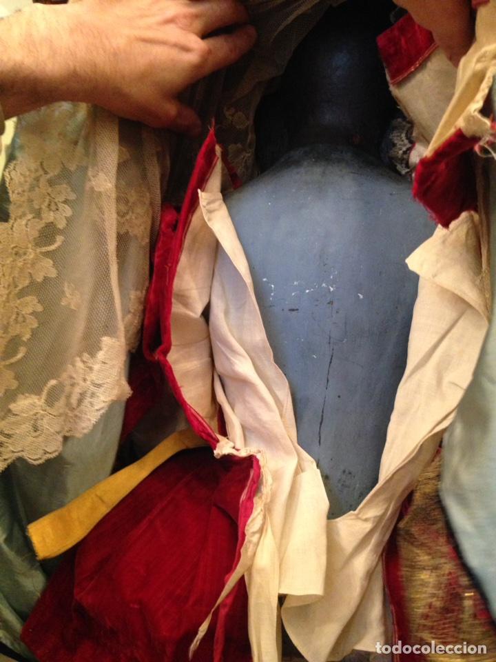 Arte: Virgen dolorosa del siglo XVIII, talla de madera, con urna-capilla - Foto 14 - 72739185