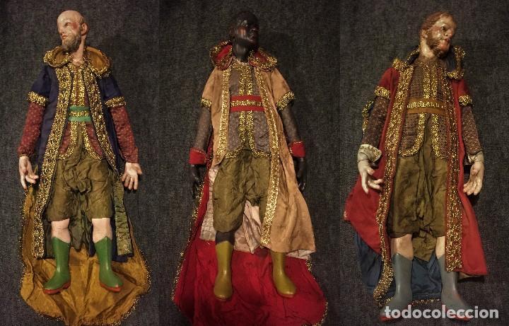 IMPRESIONANTE CONJUNTO DE REYES MAGOS DE BELEN O PRESEPE NAPOLITANO (Arte - Arte Religioso - Escultura)