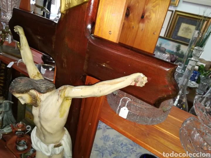 Arte: Antiguo crucifijo en madera policromado siglo XIX - Foto 4 - 109371596