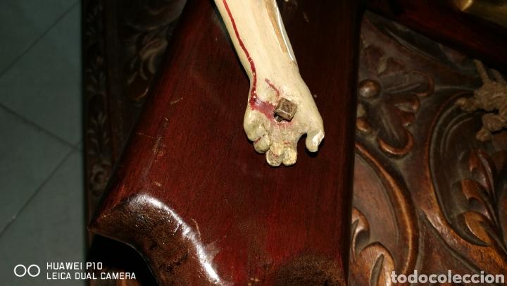 Arte: Antiguo crucifijo en madera policromado siglo XIX - Foto 12 - 109371596