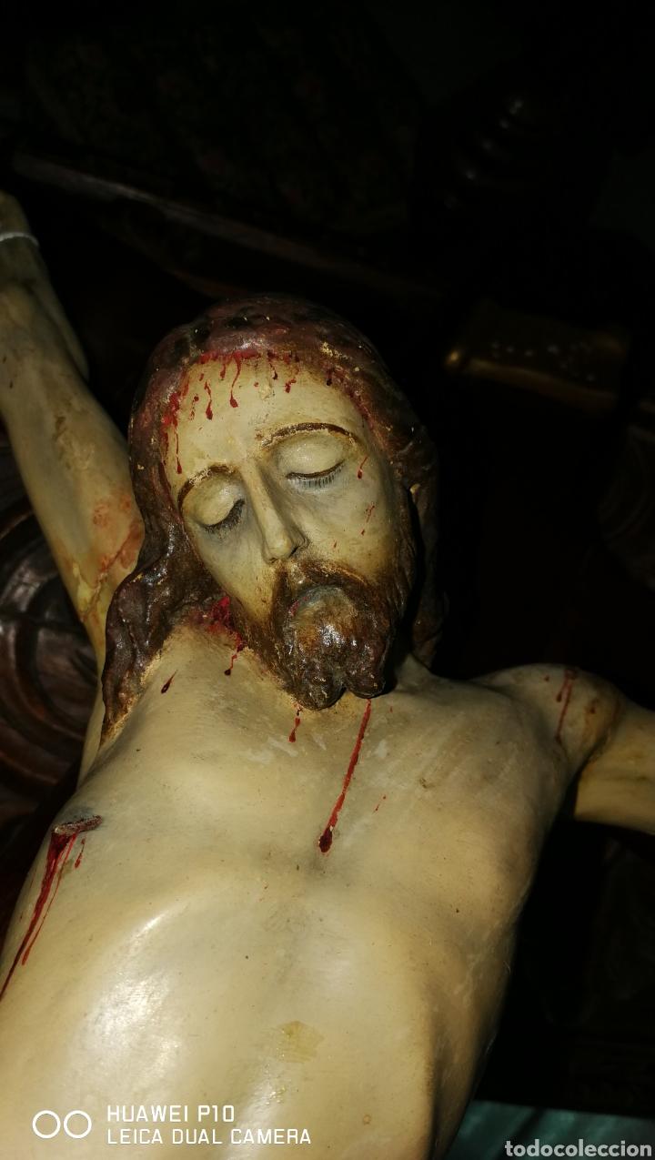 Arte: Antiguo crucifijo en madera policromado siglo XIX - Foto 15 - 109371596