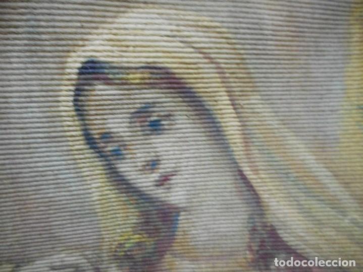 Arte: precioso tapiz sagrada familia representando huida a egipto sin firma creo echo a mano - Foto 5 - 110080447