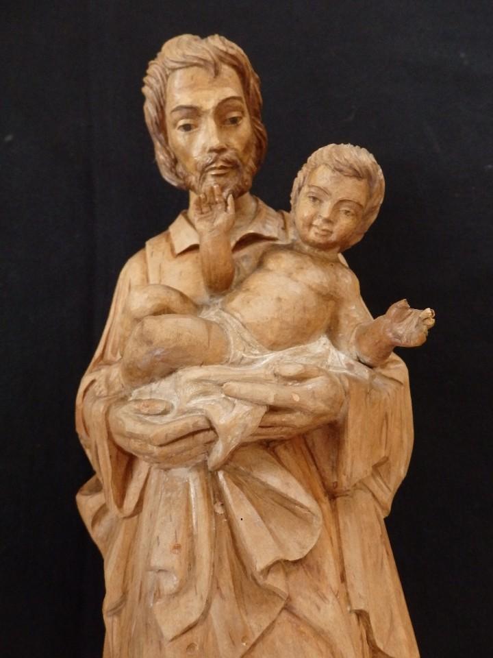Arte: San José con el Niño Jesús. Madera tallada y parcialmente policromada. 40 cm. Pps. S. XX. - Foto 7 - 112570347