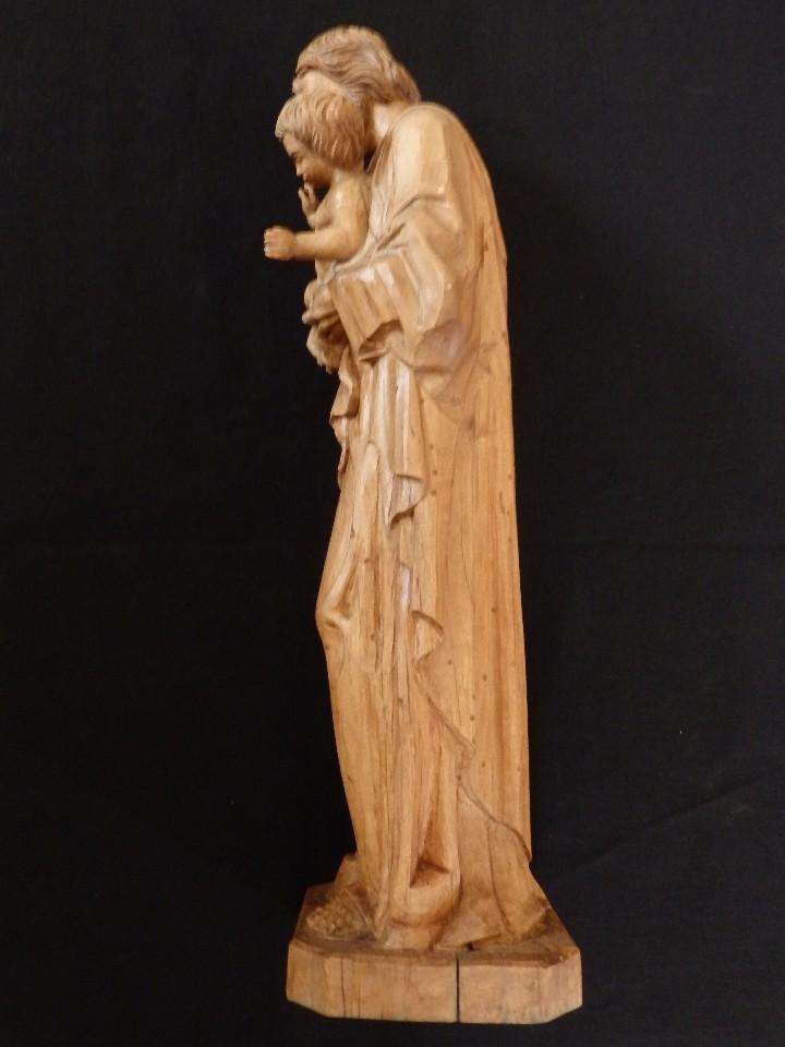 Arte: San José con el Niño Jesús. Madera tallada y parcialmente policromada. 40 cm. Pps. S. XX. - Foto 8 - 112570347