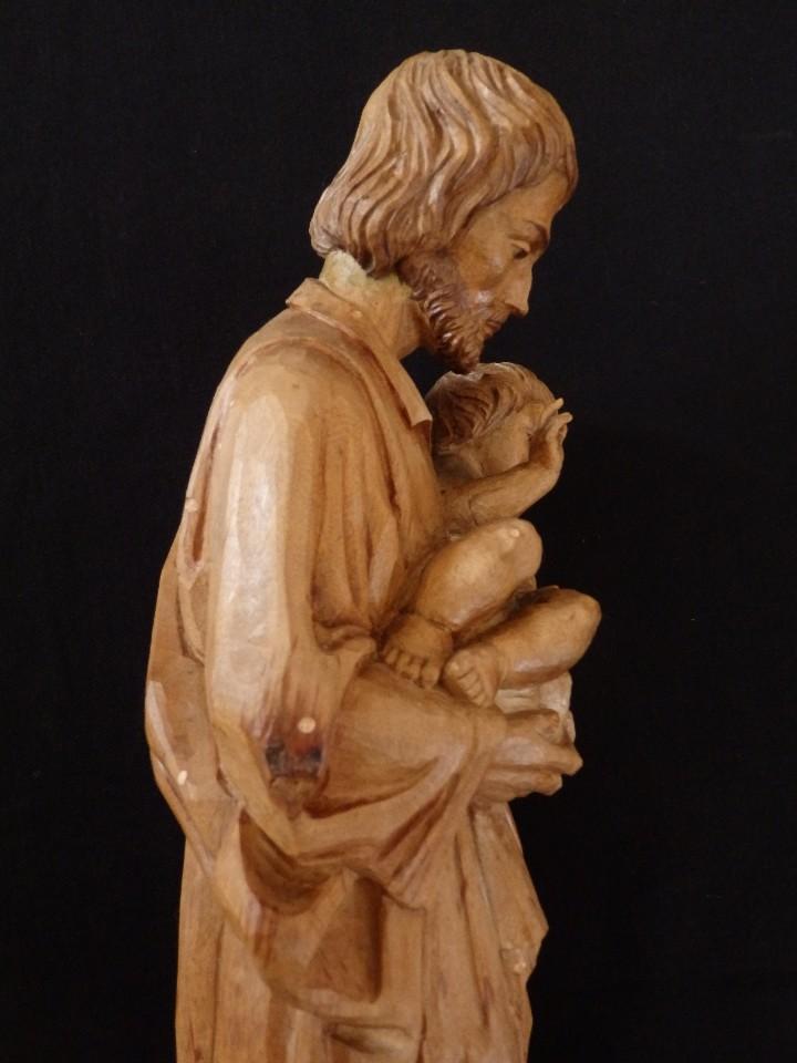 Arte: San José con el Niño Jesús. Madera tallada y parcialmente policromada. 40 cm. Pps. S. XX. - Foto 12 - 112570347