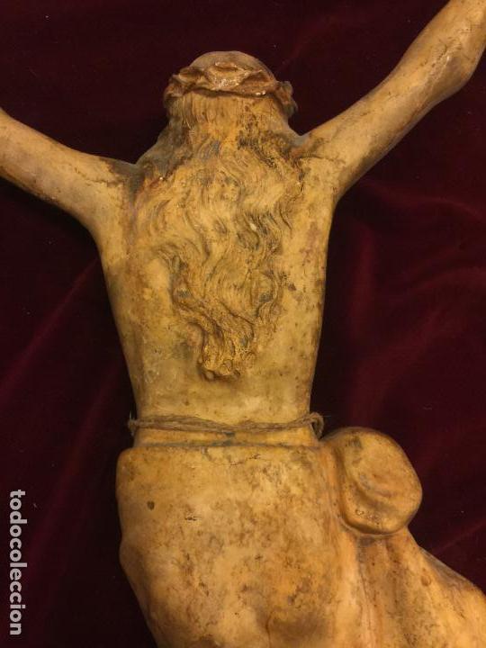 Arte: Enorme antiguo Jesucristo crucificado en estuco, talleres de Olot, mide casi 1metro de altura. Leer. - Foto 12 - 113178959