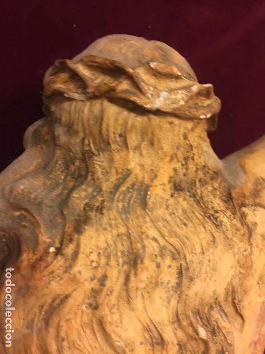 Arte: Enorme antiguo Jesucristo crucificado en estuco, talleres de Olot, mide casi 1metro de altura. Leer. - Foto 14 - 113178959
