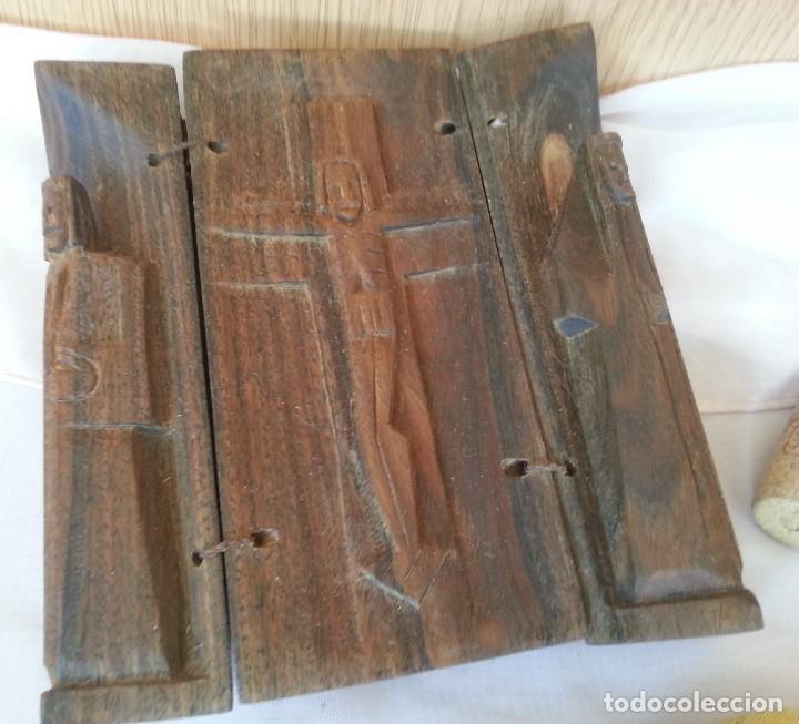 Arte: Talla religiosa tallada en tríptico de madera. Años 50. - Foto 6 - 113268371