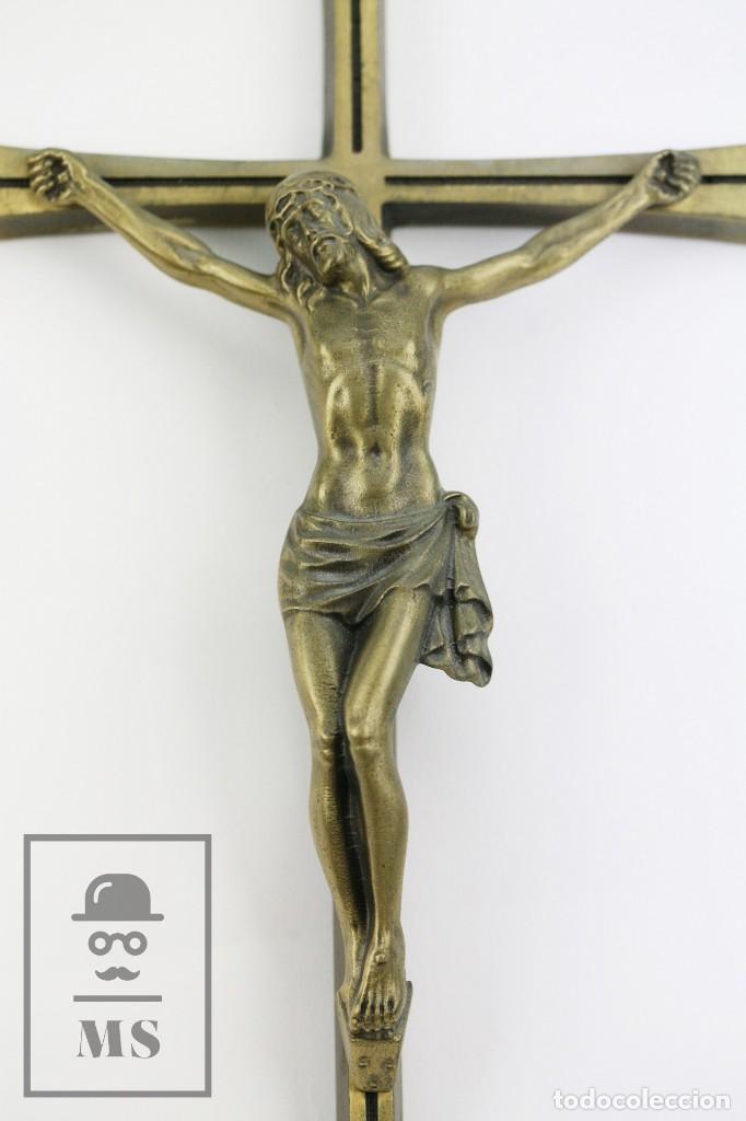 Arte: Crucifijo de Bronce para Colgar - Medidas 15,5 x 40 cm - Foto 2 - 113908655