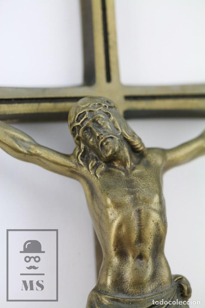 Arte: Crucifijo de Bronce para Colgar - Medidas 15,5 x 40 cm - Foto 3 - 113908655
