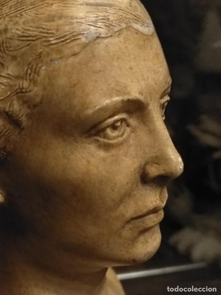 Arte: escultura busto señora mujer virgen firmada marina c. de la horgan made in england derechos reserved - Foto 7 - 113950647