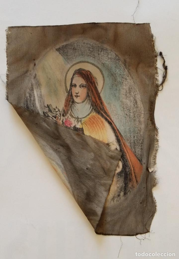 Arte: Antigua Virgen pintada sobre seda - Foto 4 - 114656095