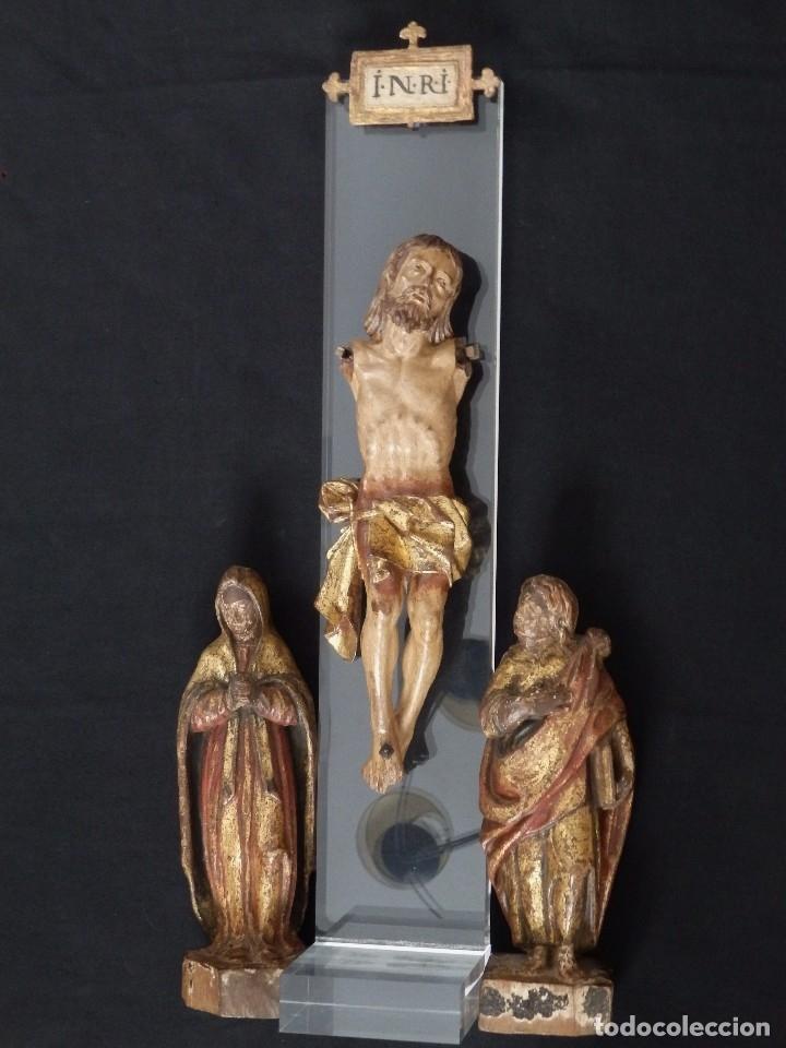Arte: Calvario en madera policromada y dorada. Siglo XVII. - Foto 6 - 115625335