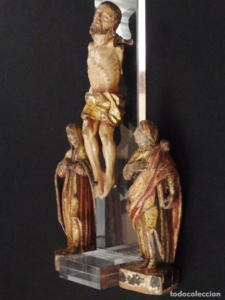 CALVARIO EN MADERA POLICROMADA Y DORADA. SIGLO XVII. (Arte - Arte Religioso - Escultura)