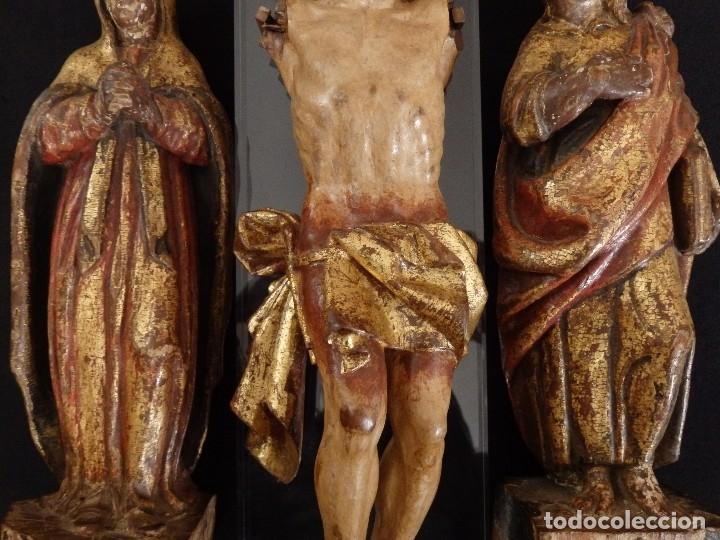 Arte: Calvario en madera policromada y dorada. Siglo XVII. - Foto 13 - 115625335
