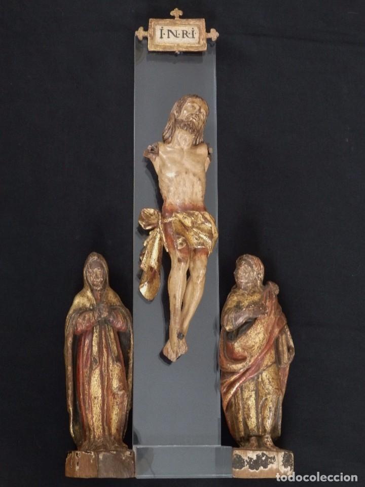 Arte: Calvario en madera policromada y dorada. Siglo XVII. - Foto 4 - 115625335