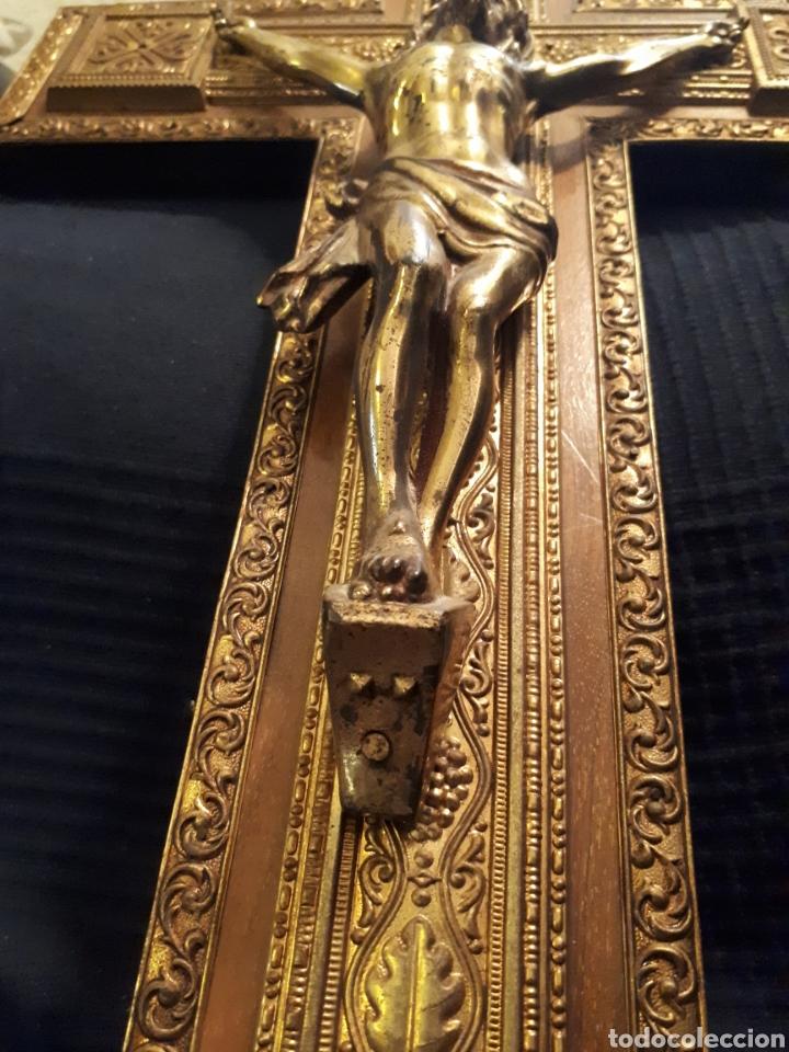 Arte: Gran crucifijo metal tallado y madera principios s XX - Foto 5 - 115644880