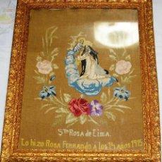 Arte: ANTIGUO CUADRO BORDADO A MANO CON ANTIGUO MARCO DE MADERA - SANTA ROSA DE LIMA.1915.. Lote 115994991