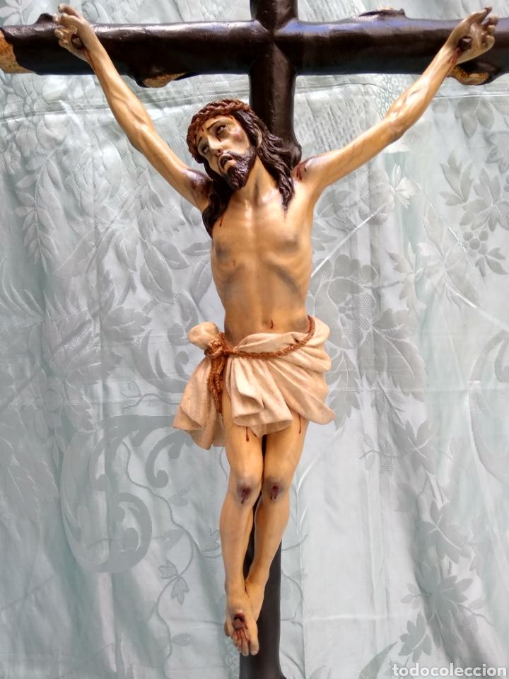 Arte: Cristo Crucificado, Talla en madera siglo XVIII, escuela andaluza - Foto 7 - 116335219
