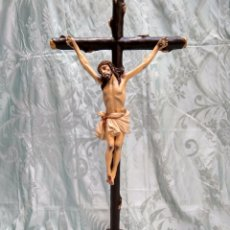Arte: CRISTO CRUCIFICADO, TALLA EN MADERA SIGLO XVIII, ESCUELA ANDALUZA. Lote 116335219
