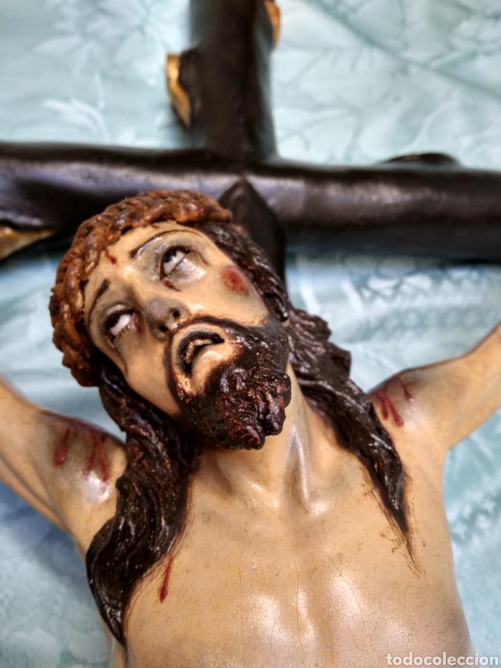 Arte: Cristo Crucificado, Talla en madera siglo XVIII, escuela andaluza - Foto 17 - 116335219