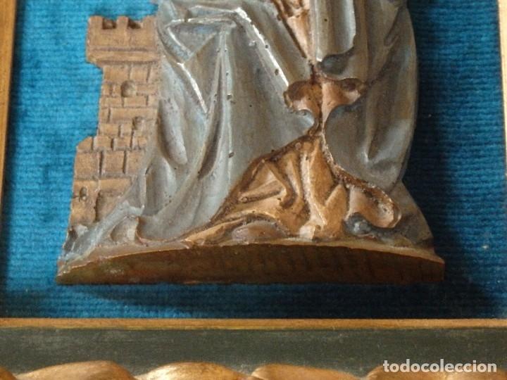 Arte: Santa Bárbara. Relieve en madera tallada y policromada. 17,5 cm. Hacia 1900. - Foto 6 - 117582147
