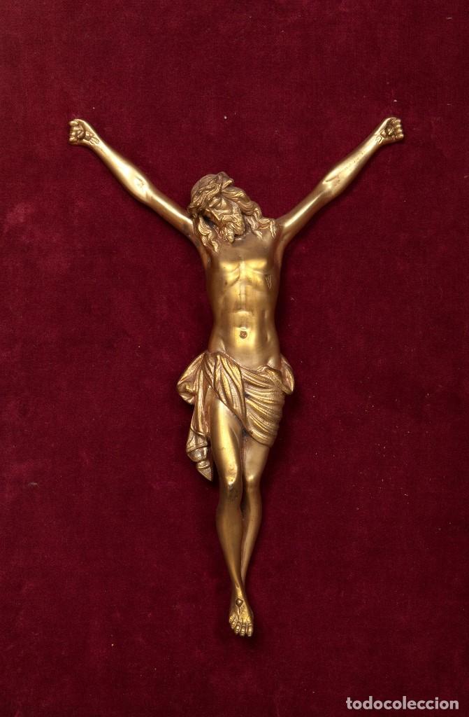 CRISTO REALIZADO EN BRONCE. SIGLO XIX (Arte - Arte Religioso - Escultura)