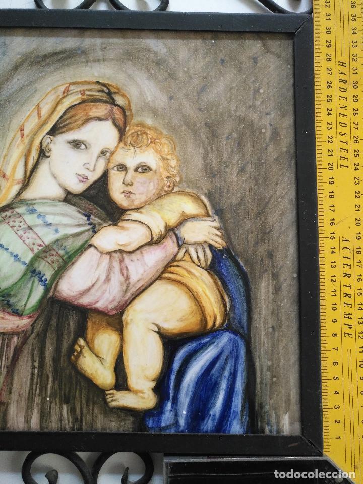 Arte: gran tamaño azulejo retablo religioso ceramica pintado a mano esmaltado forja virgen y niño jesus - Foto 2 - 118698595