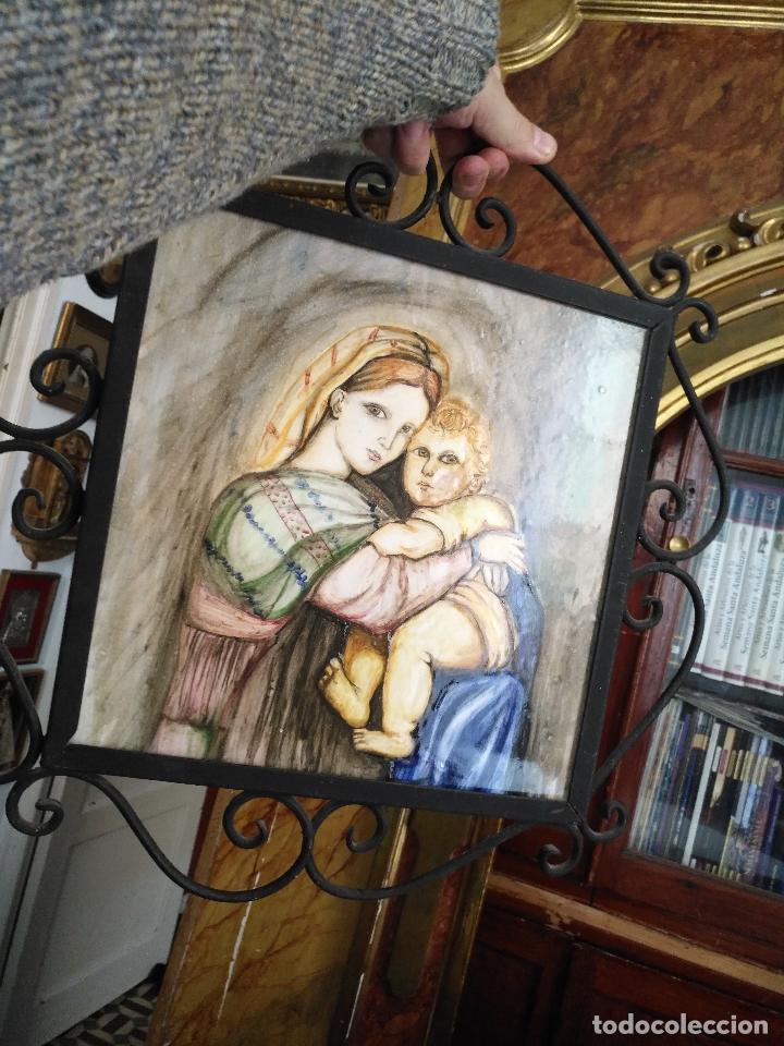 Arte: gran tamaño azulejo retablo religioso ceramica pintado a mano esmaltado forja virgen y niño jesus - Foto 6 - 118698595