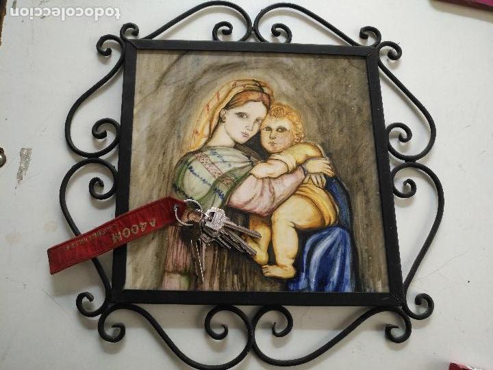 Arte: gran tamaño azulejo retablo religioso ceramica pintado a mano esmaltado forja virgen y niño jesus - Foto 15 - 118698595